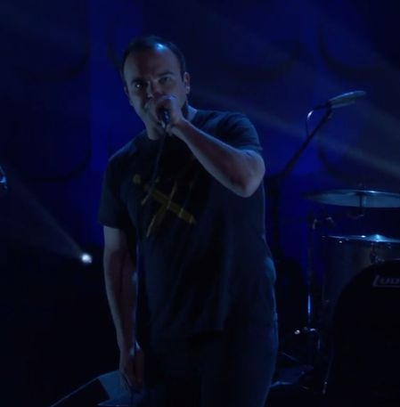 VIDEO: FUTURE ISLANDS - 'Cave' (Conan O'Brien)